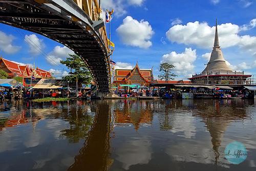 Wat Bang Phli古老的水上市场
